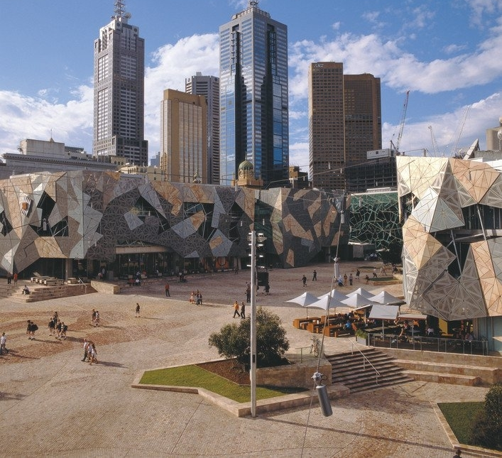 Places To Visit In Melbourne In August: Australian Wine & Outback Tour [ST-6425A]